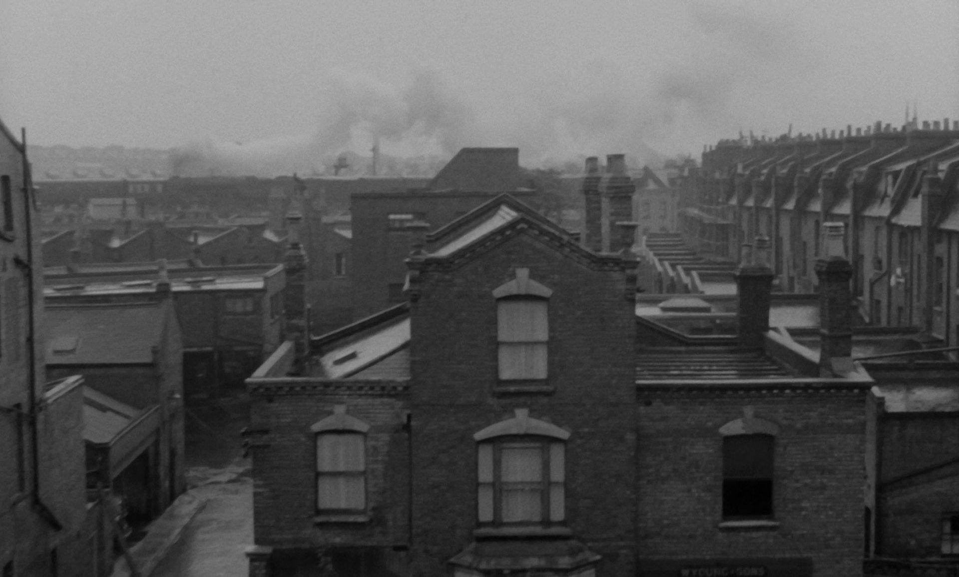 Die triste Szenerie eines Arbeiterviertels.