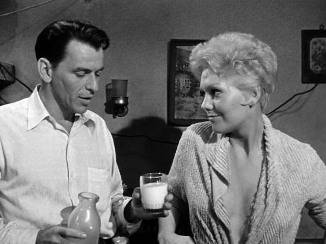 Frank Sinatra und Kim Novak, Copyright: Carlyle Productions