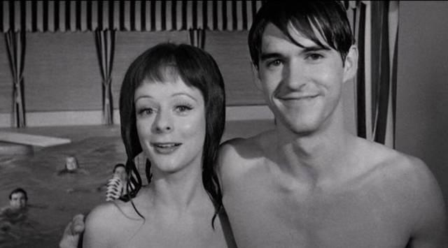 Jugendliche beim geheimen Nacktbaden