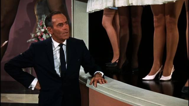 Henry Fonda kontrolliert die Rock-Schau