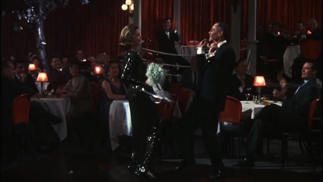 Lauren Bacall und Henry Fonda beim gemeinsamen Tanz auf ihrer Party