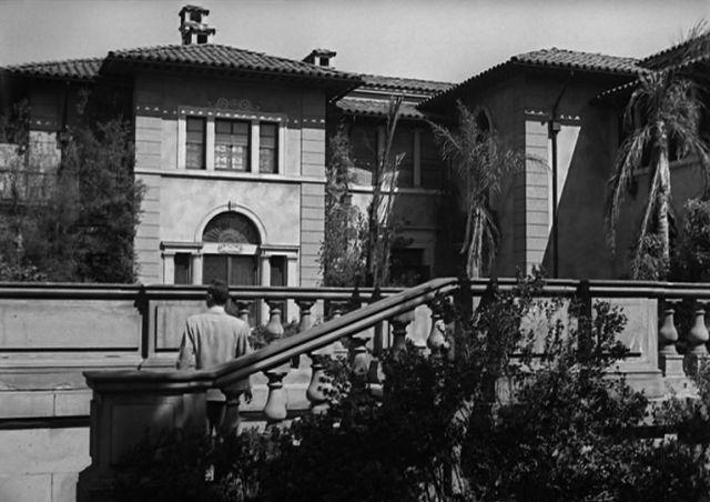 Die exzentrische Villa der Stummfilmdiva.