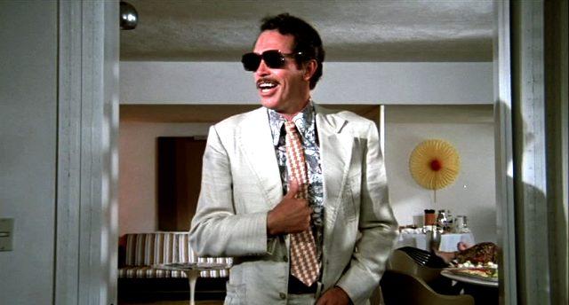 Warren Oates als Bennie