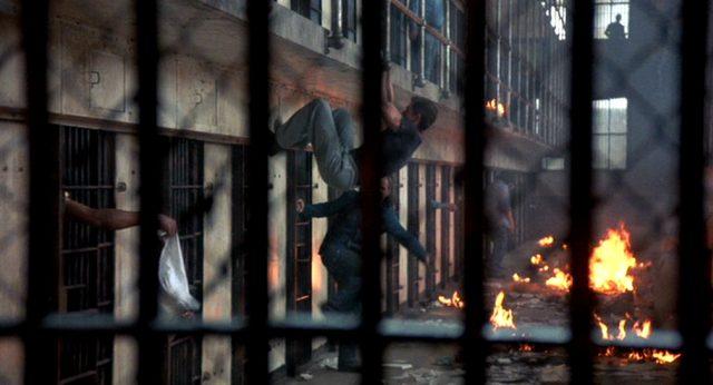 Aufruhr im Zellentrakt des Hochsicherheitsgefängnisses Stonehaven, Copyright: Cannon Films