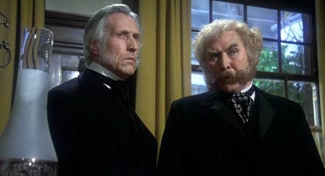 Geoffey Russell und Athony Quayle als Regierungsangehörige im Büro