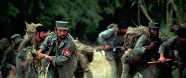 Revolutionäre bewegen sich durch ein Waldstück, Copyright: Twentieth Century Fox