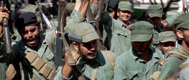 jubelnde Revolutionssoldaten, Copyright: Twentieth Century Fox