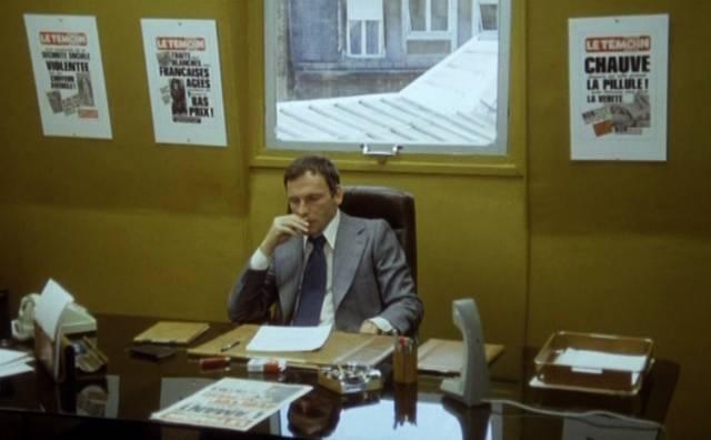 """Jean-Louis Trintignant in """"Das wilde Schaf"""" als Zeitungsherausgeber"""