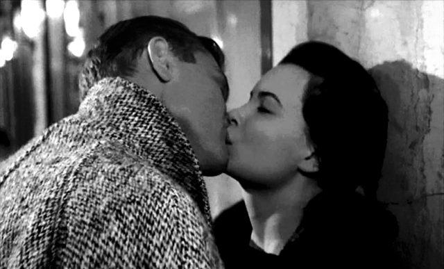 Susan Hunsecker (Susan Harrison) und Steve Dallas (Martin Miler) küssen sich, Copyright: MGM