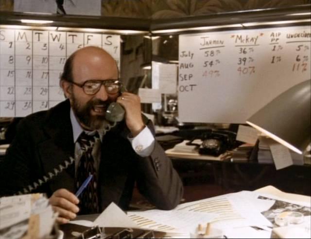 Peter Boyle als Wahlkampfmanager Marvin Lucas, Copyright: Warner Bros.