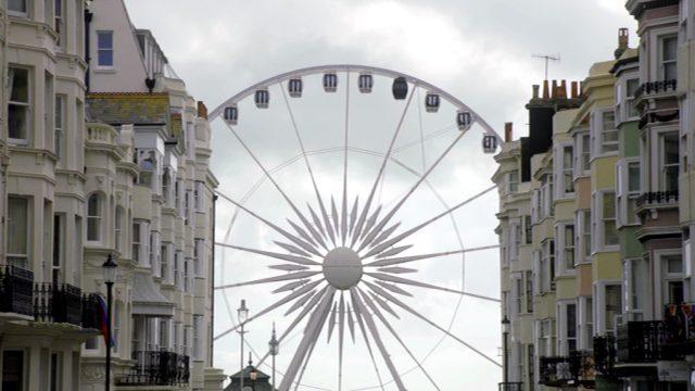 Riesenrad an der Promenade von Brighton