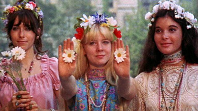 drei Blumenmädchen in New York, Copyright: Universal