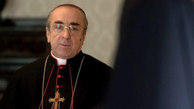 Silvio Orlando als Cardinal Voiello