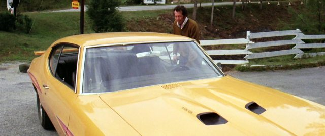"""Warren Oates als G.T.O. steigt in den Pontiac """"GTO"""",, Copyright: Universal"""