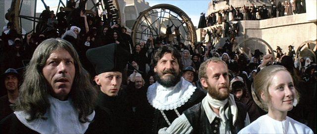 Blick in die Reihen der versammelten Bürgerinnen und Bürger Louduns.