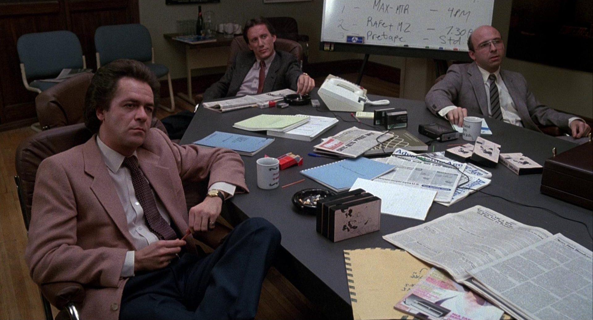 Renn und Kollegen am Konferenztisch.
