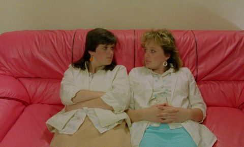Szene aus 'Rita, Sue und Bob dazu…(1987)', Bildquelle: Rita, Sue und Bob dazu…(1987), Film Four International